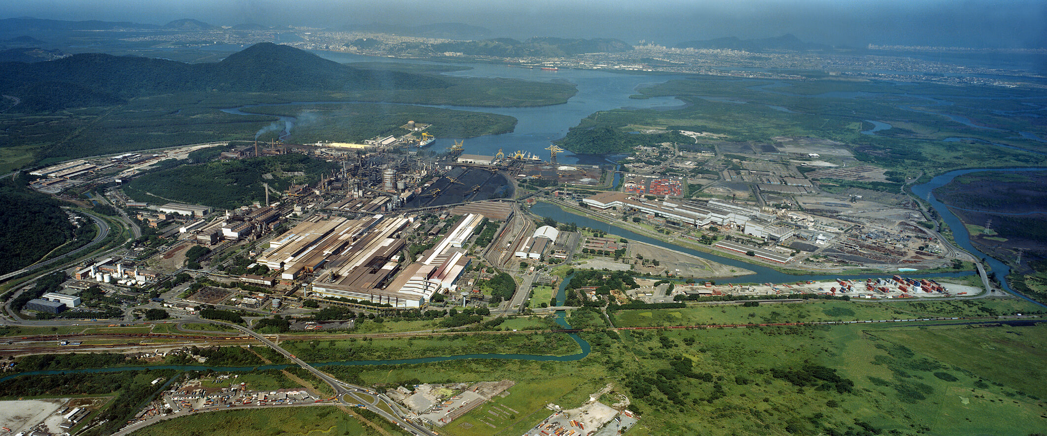 Parque siderúrgico